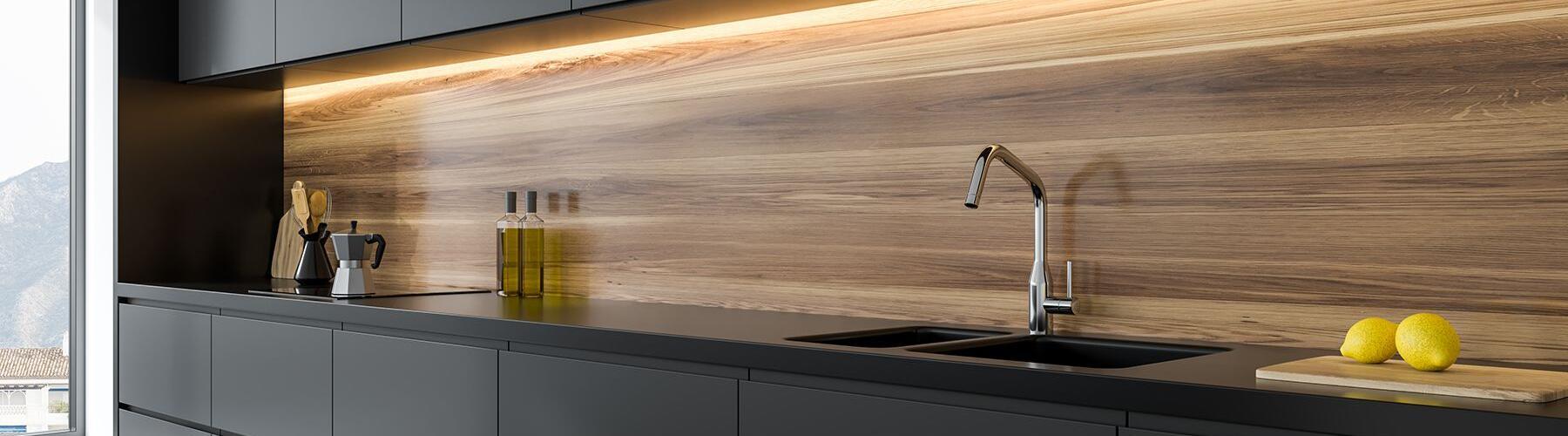 IFC-Folientechnik-Küchenfolierung-schwarz